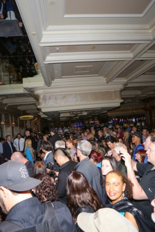 The Entrance to the VIP Cocktail reception drew a massive crowd. Photo Credit: Gabe Ginsberg / Vegas Kool